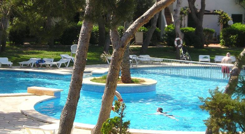Spotdeal.dk - Solferie på naturskønne Menorca